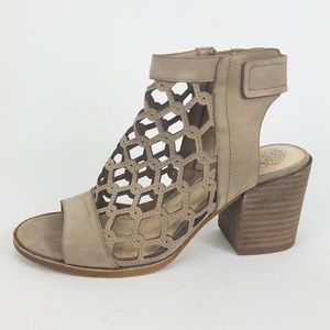 Vince Camuto Open Toe Cut out Lanaira Sandal